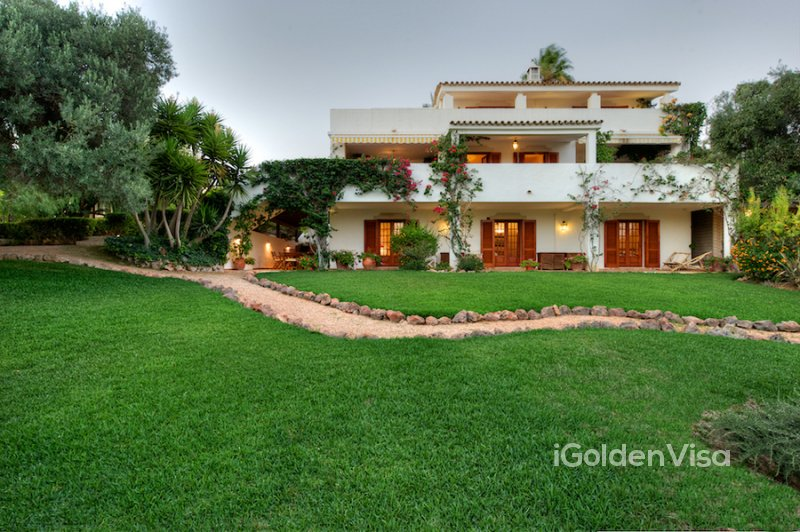 7 Bedroom Villa in Vale Judeu